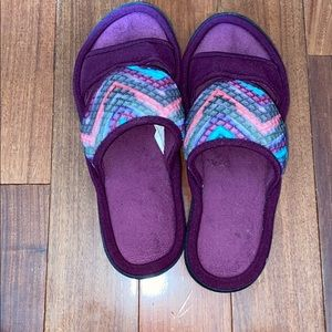 EUC slippers from isotoner